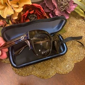 New🔥Gucci sunglasses with tag